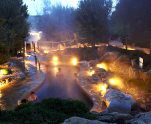 Play - Peninsula Hot Springs