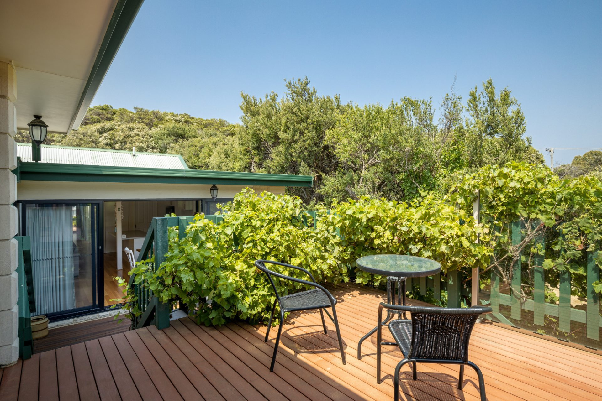 ARNOLD STREET: HOT TUB SPA AND BEACHES, BLAIRGOWRIE (B405269456) BOOK NOW FOR SUMMER BEFORE YOU MISS OUT